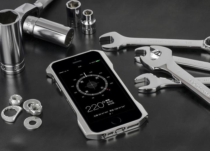 los angeles 6091d 3dd28 Golden Cleave Zero Aluminum iPhone 5S Bumper By Deff Japan Is ...