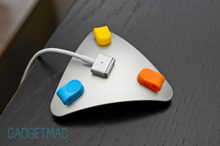 mos_aluminum_magsafe_2_cable_organizer.jpg