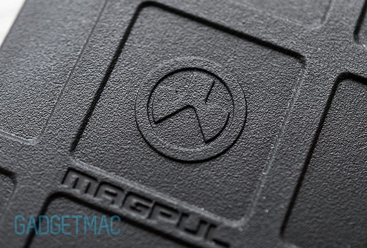 magpul_iphone_5_field_case_close_up_texture.jpg