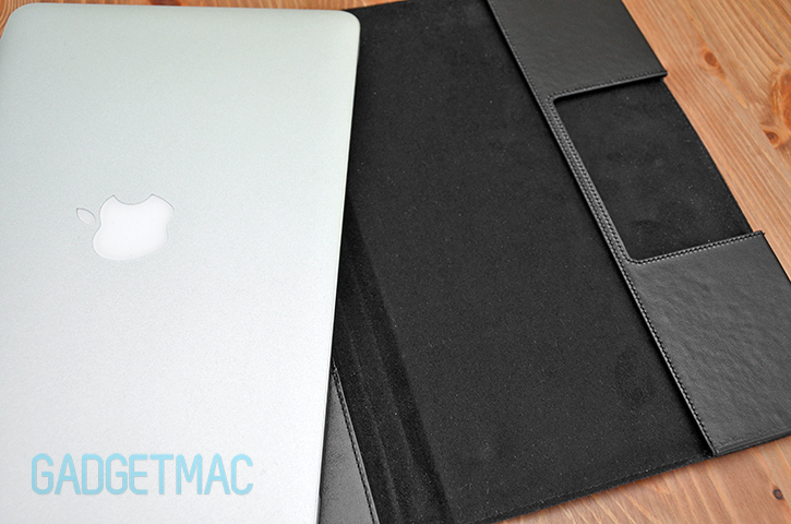 sena_folio_case_macbook_air_interior.jpg