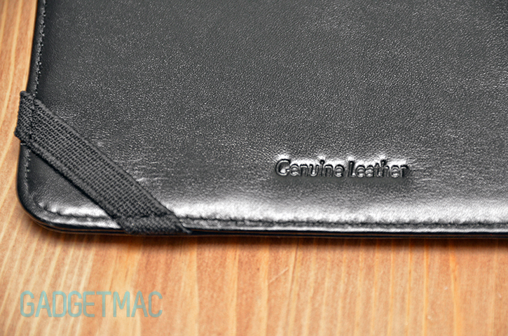 sena_folio_case_macbook_air_4.jpg