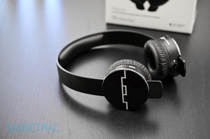 how to take apart sol republic headphones