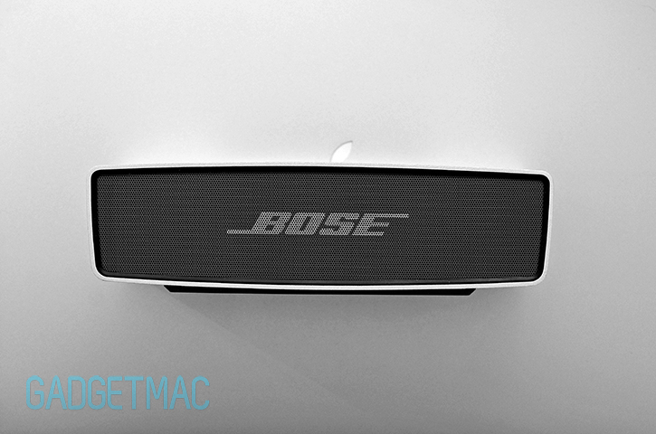 bose_soundlink_mini_wireless_portable_speaker_aluminum_design.jpg