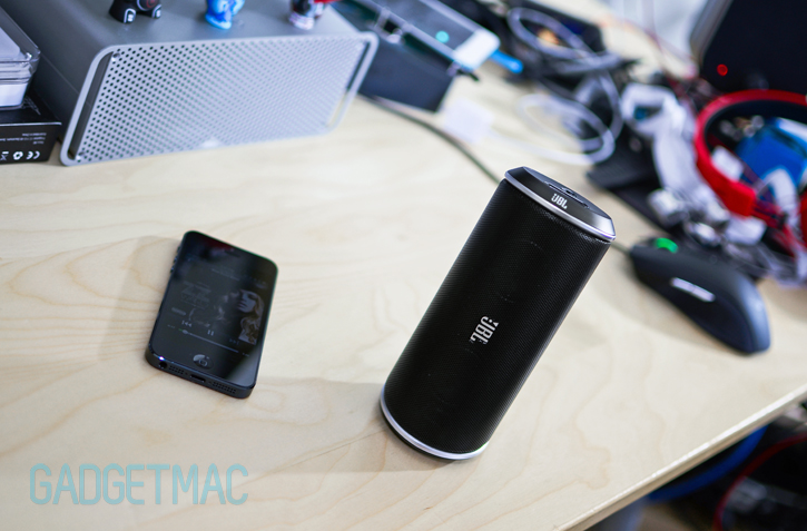 jbl_flip_wireless_bluetooth_black.jpg