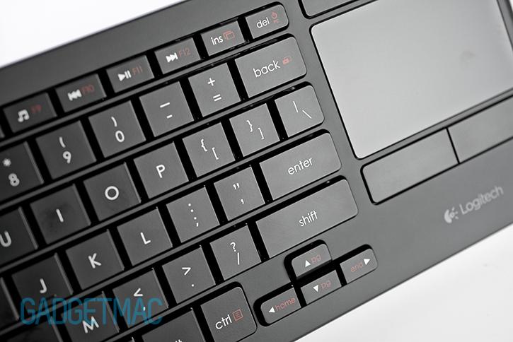 logitech_k830_keyboard_keys.jpg