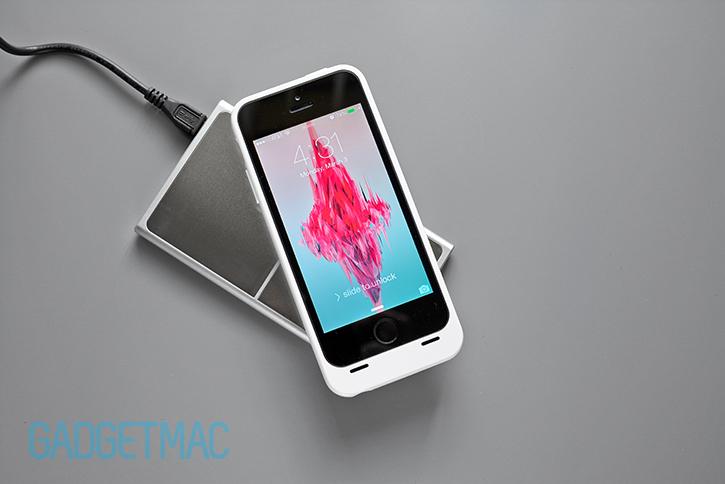 unu_aero_wireless_charging_iphone_5_5s_battery_case_white.jpg