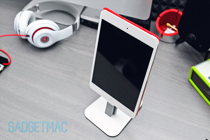 twelvesouth_hirise_lightning_dock_stand_ipad_mini_with_smart_cover.jpg