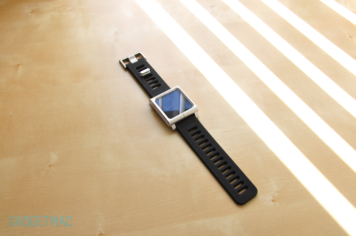 LunaTik Wrist Watch Band iPod nano 6G aluminum 2.jpg