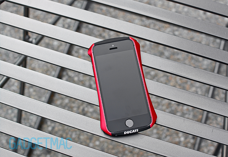 draco_ducati_ventare_a_aluminum_iphone_5s_case.jpg
