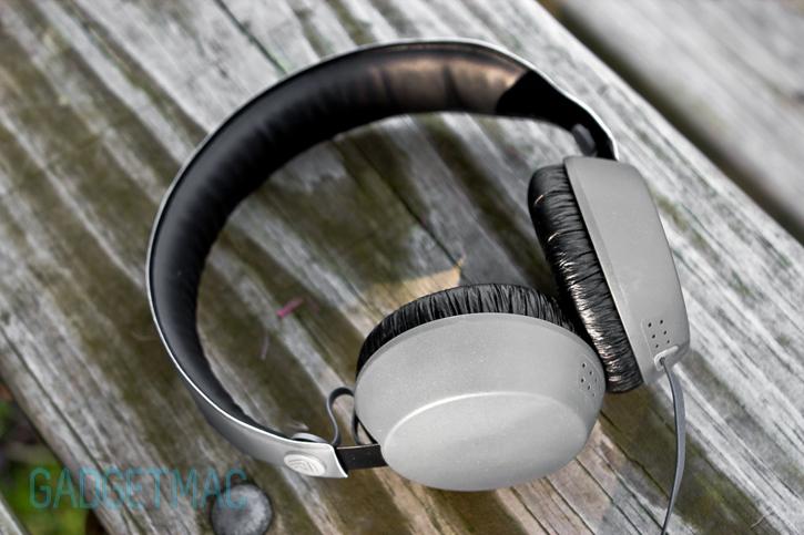 coloud_boom_headphones.jpg