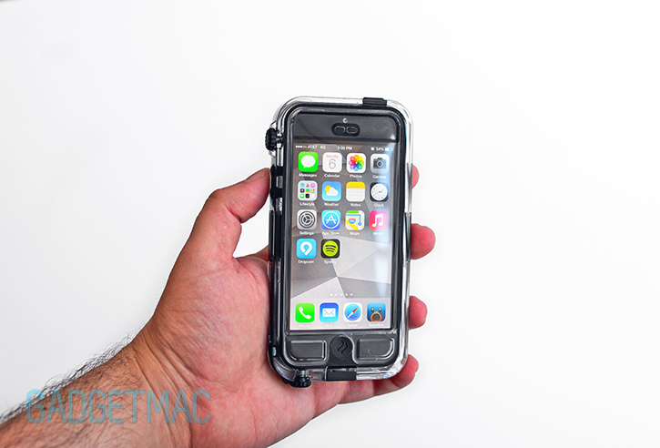 griffin_survivor_catalyst_waterproof_case_iphone_5_6.jpg