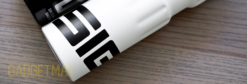 sigg_sport_active_top_bottle_dynamic_bottom.jpg
