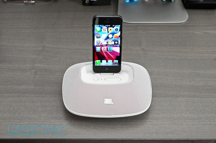 jbl_onbeat_micro_iphone_5_speaker_dock_white.jpg