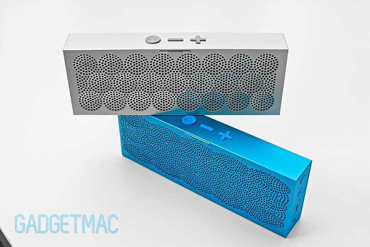 jawbone_mini_aluminum_jambox_speakers.jpg