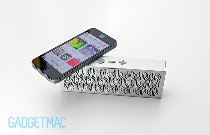 jawbone_mini_jambox_wireless_bluetooth_speaker_2.jpg