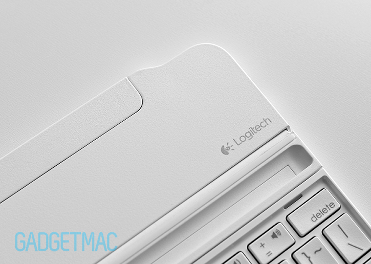 logitech_ultrathin_2_slim_aluminum_keyboard_cover_white_2.jpg