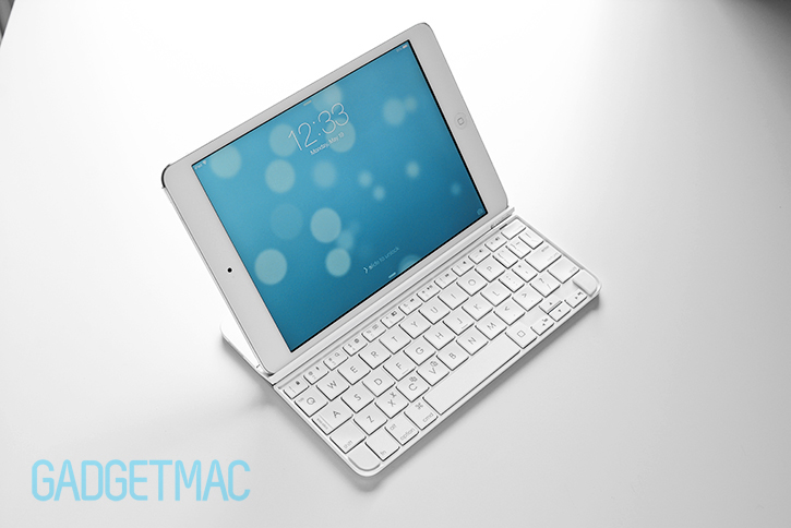logitech_ultrathin_2_2014_slim_aluminum_keyboard_cover_white.jpg