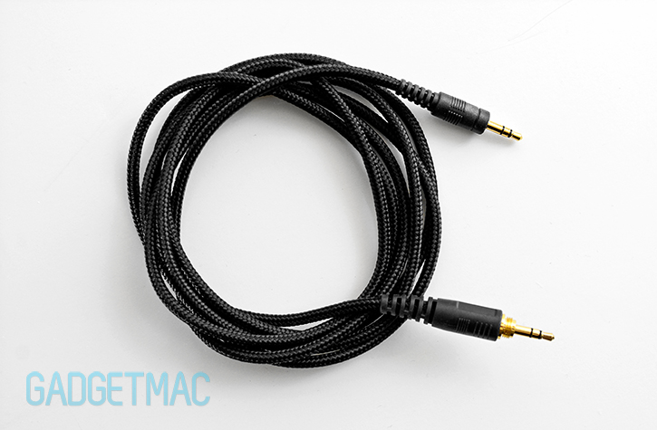 nuforce_hp800_woven_cable.jpg