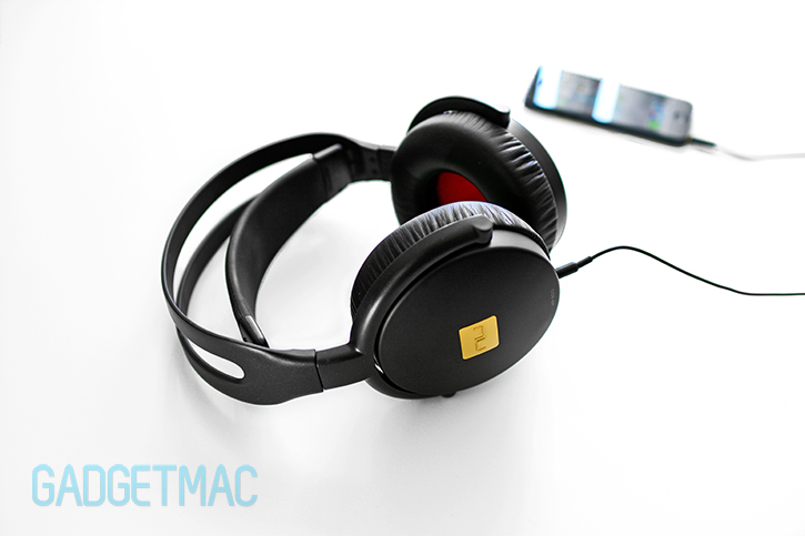 nuforce_hp800_audiophile_headphones.jpg