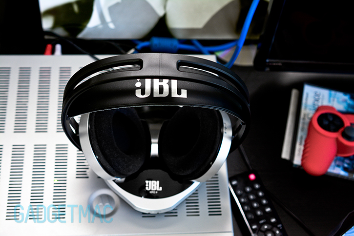 jbl_wr_2_4_wireless_tv_headphones_charging_base_1.jpg