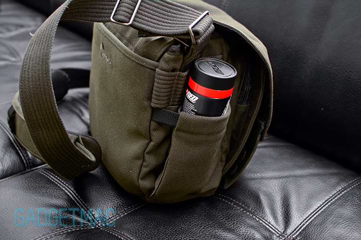 lowepro_pro_messenger_aw_camera_bag_side_pocket.jpg