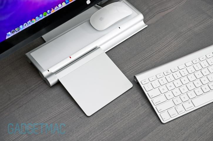 mobee-magic-feet-inductive-charger-apple-magic-trackpad.jpg