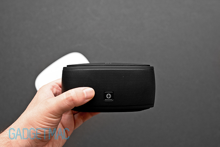id_america_touchtone_portable_bluetooth_speaker_black.jpg