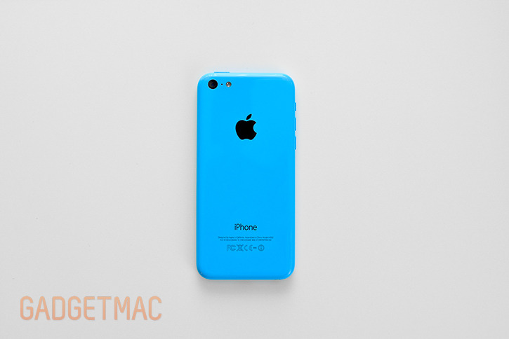 apple_iphone_5c_blue_back_hands_on.jpg