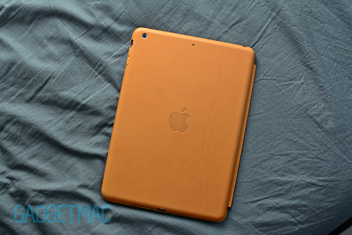 apple_ipad_air_leather_smart_case_back.jpg