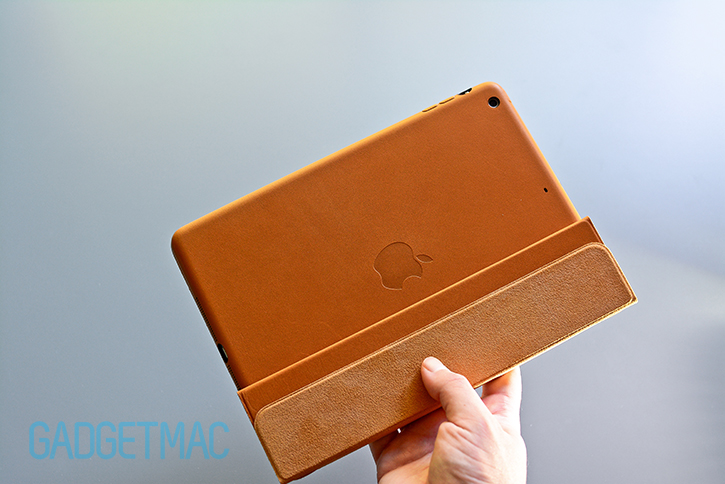 apple_ipad_air_leather_smart_case_folded_cover.jpg