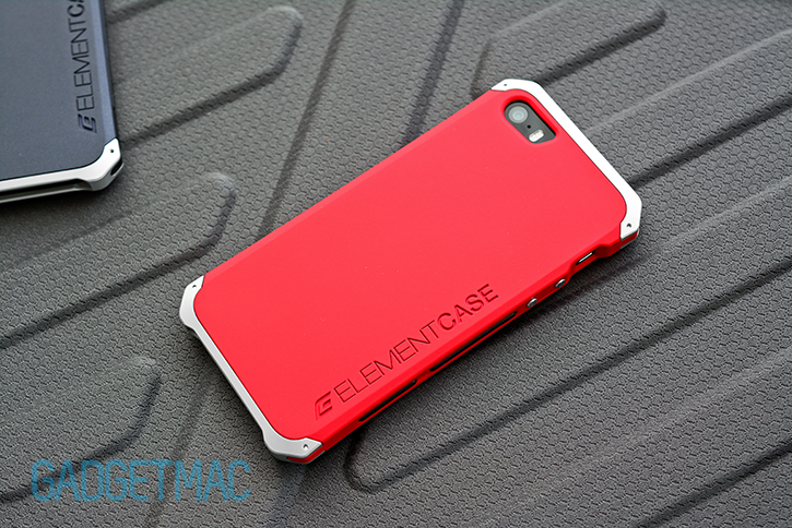 elementcase_solace_iphone_5_s_case_red_soft_touch_finish.jpg