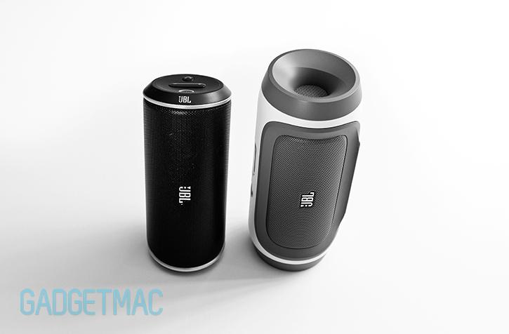 jbl_charge_speaker_flip_2.jpg