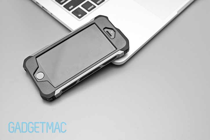 element_case_rogue_aluminum_hybrid_iphone_5_s_case_top.jpg