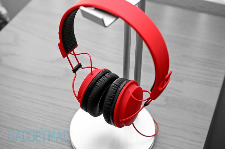 just_mobile_headstand_headphones_hanger.jpg