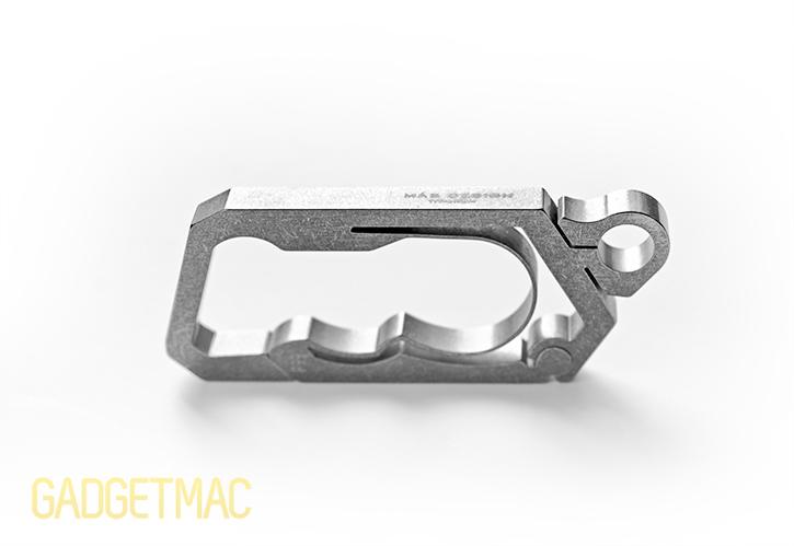 mas_design_p99_titanium_key_ring_chain_carabiner.jpg
