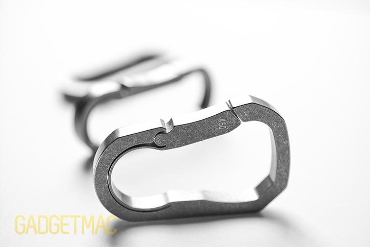 mas-design-k50-titanium-keychain-carabiner-stone-wash-finish-side.jpg