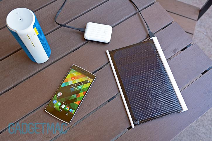solarade_portable_usb_solar_charger_battery_speaker_charging.jpg