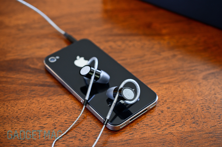bowers and wilkins c5 series 2 in ear headphones. jumping straight into business, the c5 are equipped with an inline 3-button remote microphone functionality so you can control your music, bowers and wilkins series 2 in ear headphones