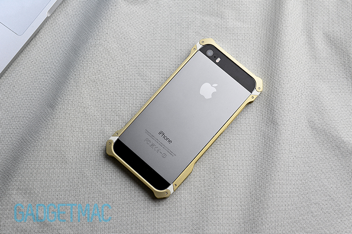 element_case_sector_5_au_aluminum_iphone_5s_bumper_case_back.jpg