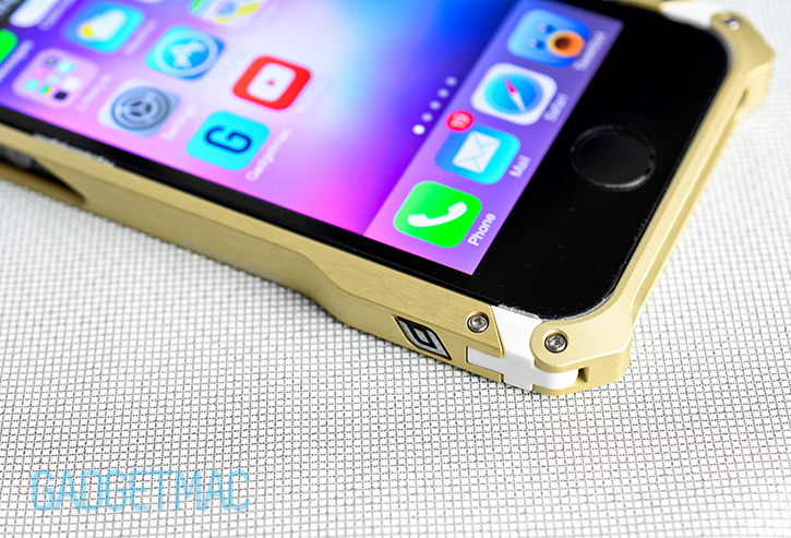 element_case_sector_5_au_aluminum_iphone_5s_bumper_case_padding.jpg