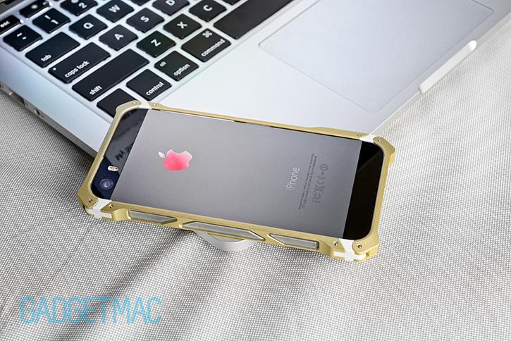 element_case_sector_5_au_aluminum_iphone_5s_bumper_case_gold.jpg