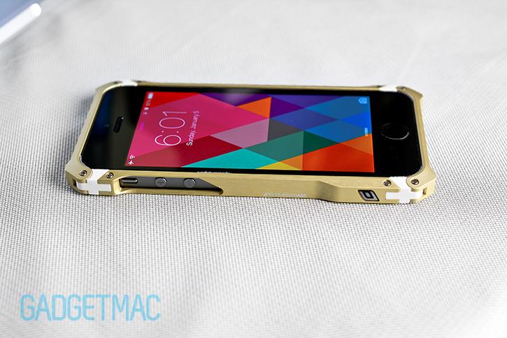 element_case_sector_5_au_gold_aluminum_iphone_5s_case_matte_brushed_finish.jpg