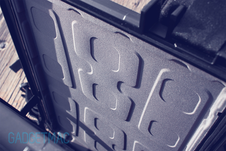 pelican_progear_s100_crushproof_laptop_compartment.jpg