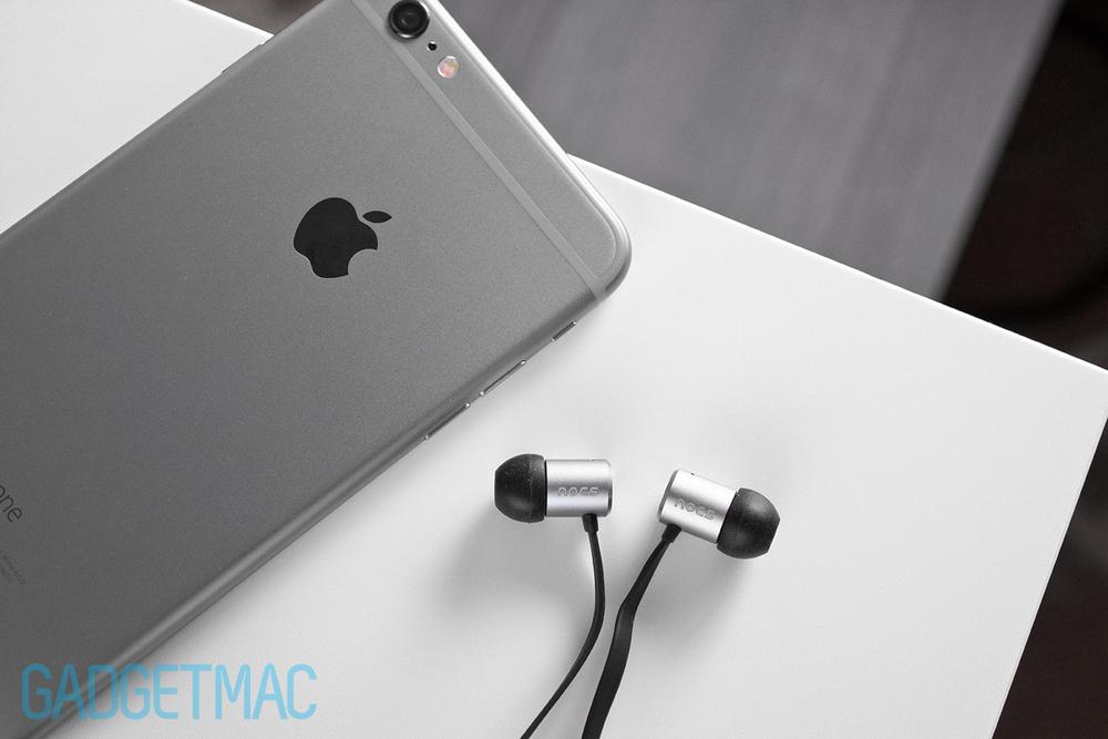 nocs-ns500-in-ear-headphones-space-gray.jpg