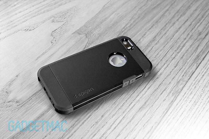 spigen_tough_armor_case_iphone_5s_apple_logo.jpg