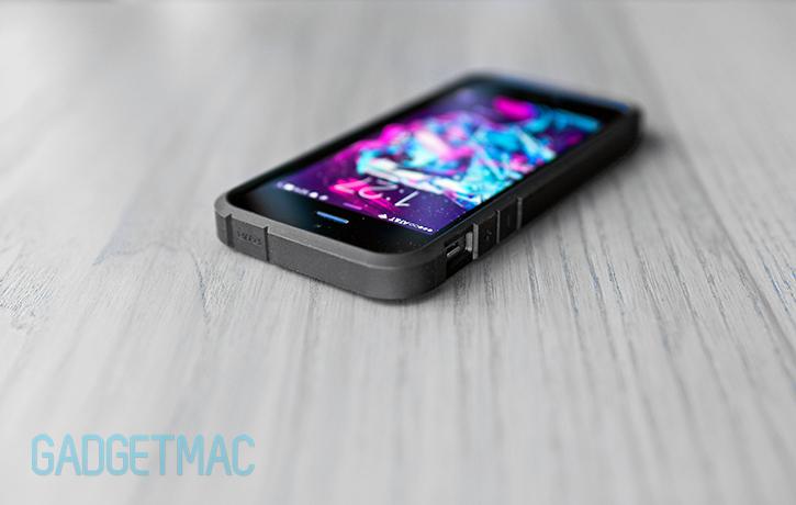 spigen_tougharmor_case_iphone5s.jpg
