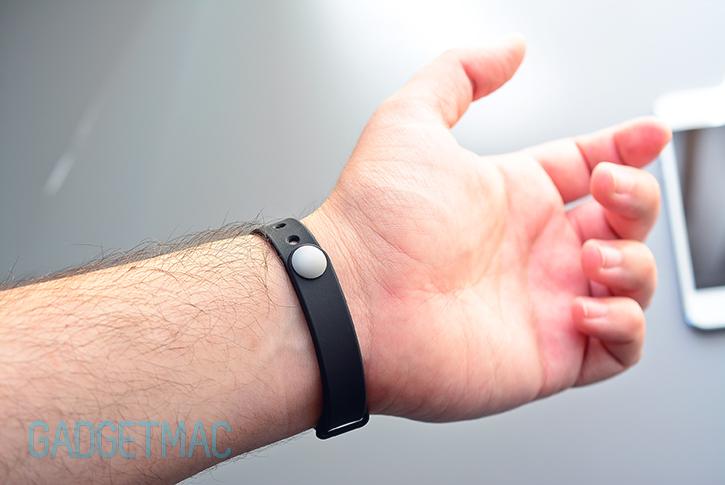 misfit_shine_wrist_strap.jpg