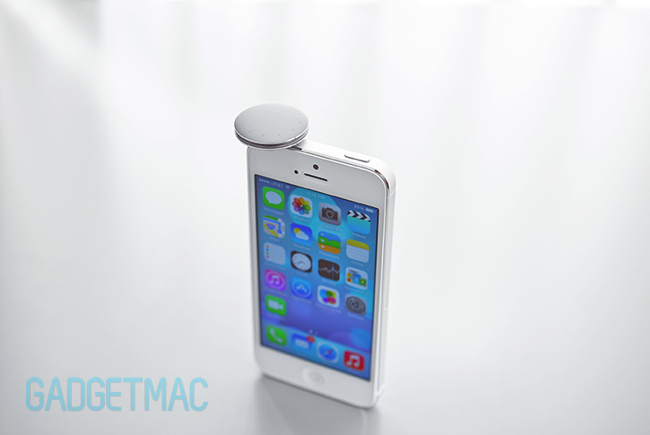 misfit_shine_aluminum_fitness_tracker_iphone_5.jpg