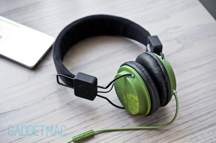 tnt_headphones.jpg