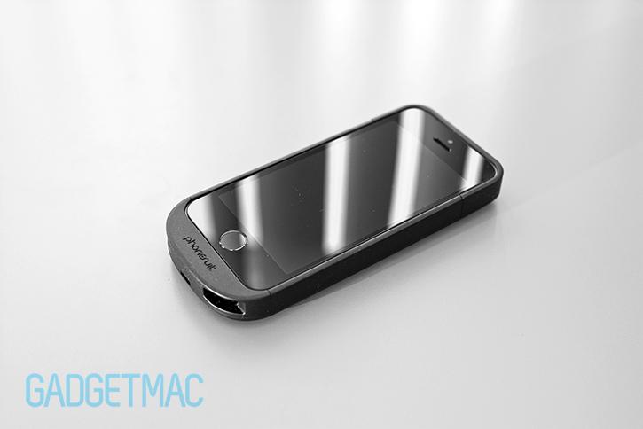 phonesuit_elite_5_iphone_5s_battery_case_audio_ports.jpg